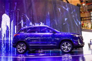 上海车展各大品牌新车齐发亮相 阵容强大