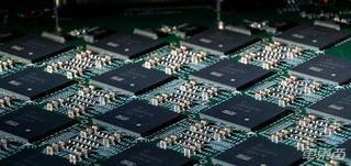 英特尔发布神经拟态计算系统 算力远超PC 可用于自动驾驶