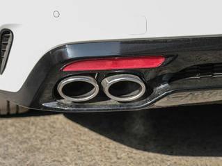 如何判断一款车发动机的性能好坏?教你一招,看排气管!