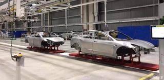 车身已下线 特斯拉上海工厂再曝新进展