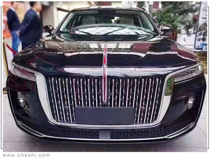 红旗H9旗舰轿车2.0T版谍照 售价预计不到30万-图3