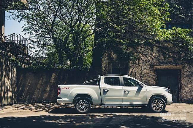 上汽MAXUS T70新车型上市 售11.88-19.18万