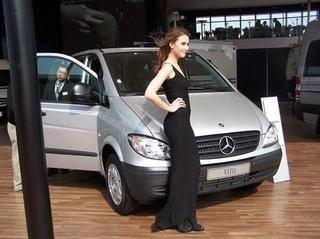 梅赛德斯-奔驰轻型商用车超强阵容亮相2010北京国际车展