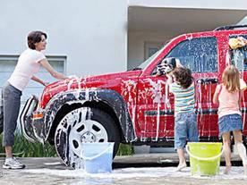 开了5年的车依旧如新?小i详解洗车5技巧!